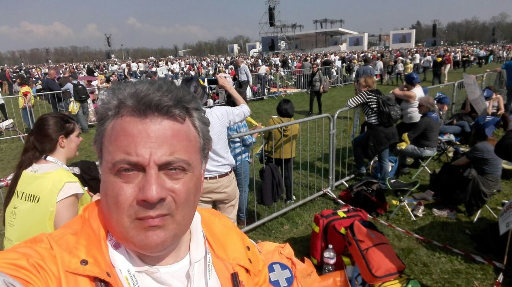 Santo Padre Papa Francesco a Milano 2017 - Croce Bianca Milano sez Giussago